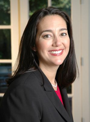 Erin Gruwell Photo.jpg